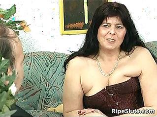 jav  mom  ,  oral  ,  sucking   porn movies