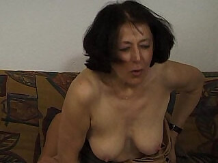 jav  grandma  ,  housewife  ,  mom   porn movies