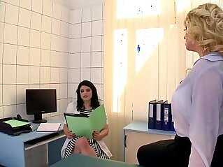 jav  MILF  ,  mom  ,  office   porn movies